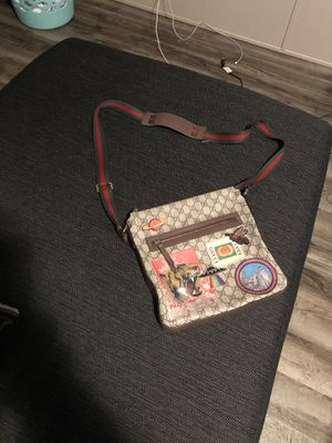Real GUCCI BAG for Sale in St. Louis, MO