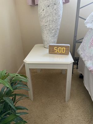 White Rectangular End Table for Sale in Torrance, CA