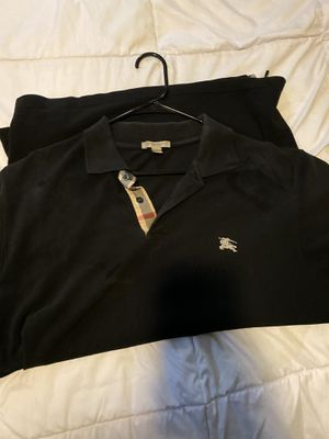 Burberry 2x for Sale in Downey, CA
