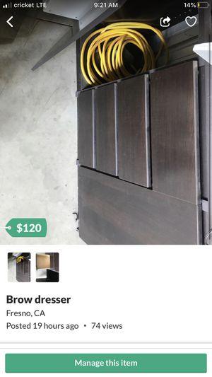 Brown dresser for Sale in Fresno, CA