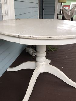 Large Round Table for Sale in Atlanta,  GA
