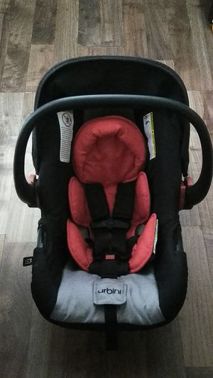 Infant Car Seat w/Base for Sale in Manitou Springs, CO
