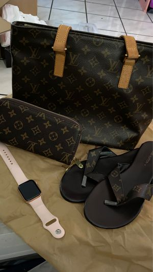LV purse and wallet sandals are size 8 for Sale in Compton, CA