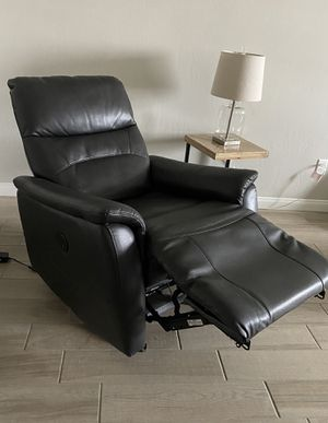 Grey Power Glider Recliner in great working condition. Faux leather that is breathable and durable and easy to clean. With USB charging plug. $195 for Sale in Bakersfield, CA