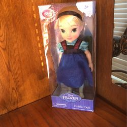 Elsa Disney Frozen Toddler Doll NIB From First Movie for Sale in Manteca,  CA