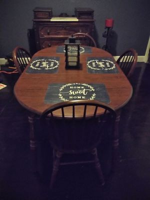 Dinning room table set for Sale in St. Louis, MO