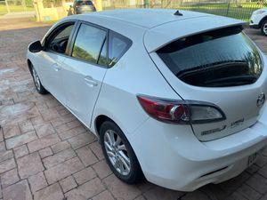 2012 Mazda 3 hatchback skyactiv 2.0 for Sale in Miami, FL