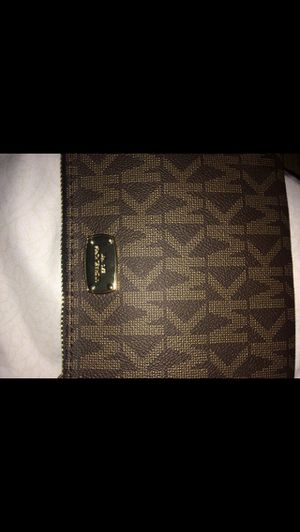 Michael Kors Waist Bag for Sale in Lynwood, CA