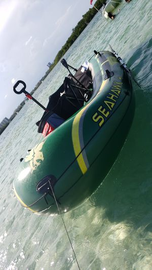 INFLATABLE BOAT SEAHAWK 4 for Sale in Hialeah, FL