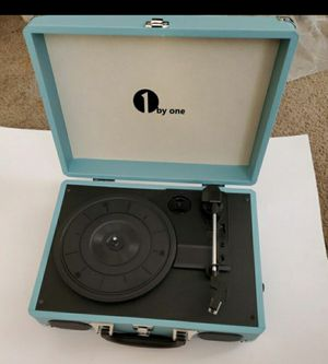 Turquoise Vintage Turntable for Sale in Parlier, CA