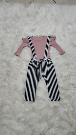 Baby girl outfit size 18 months for Sale in Las Vegas, NV