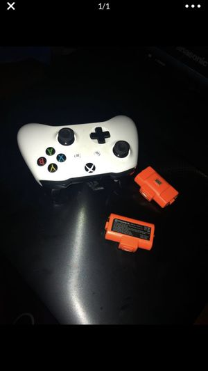 Xbox one controller for Sale in Los Angeles, CA