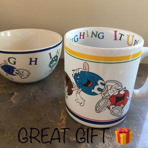 """Great Gift for an M&M lover! Authentic Extra Large M&M Collectors mug and candy bowl. Super cute and in perfect condition. Extra large size mug. 5"""" for Sale in Vista, CA"""