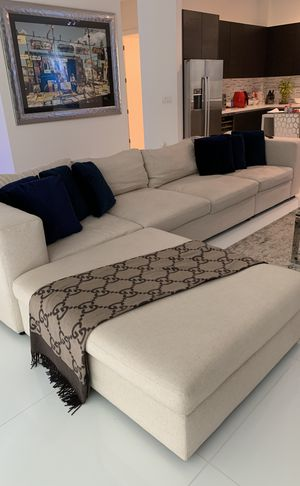 Used Bernhardt sectional couch for Sale in Miami, FL