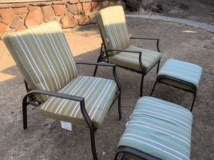 Outdoor lounge chair set of 4 with foot rest for Sale in San Jose, CA