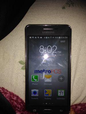 Samsung smart phone for Sale in Las Vegas, NV