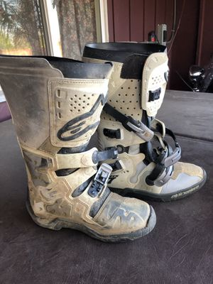 Alpinestars Tech 7 White Motocross Boots Men's Size 10 for Sale in Corona, CA