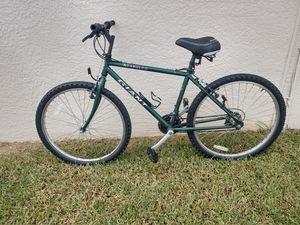 Giant Acpulco Mountain Bike. for Sale in PT CHARLOTTE, FL