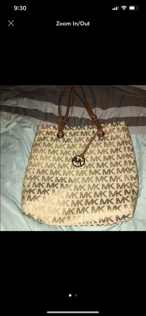 michael kors tote bag for Sale in Azusa, CA