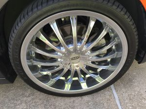 20' chrome rims for Sale in Humble, TX