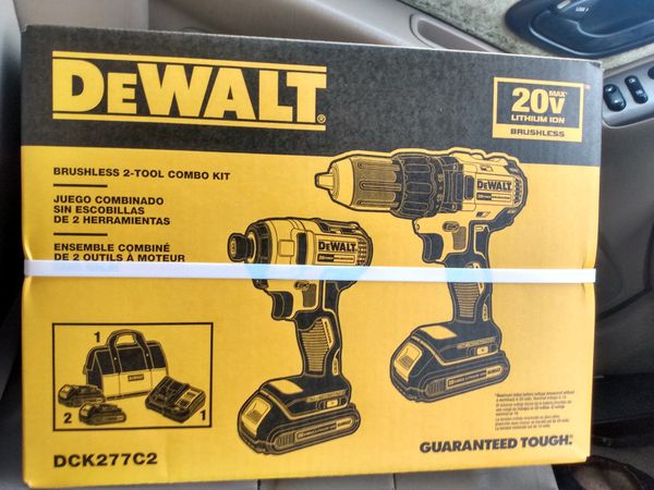 brand new never opened Déwàlt 2 tool combo set
