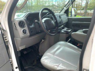 2013 Ford E250 Econoline work van Only 85,000 Miles Runs Like New