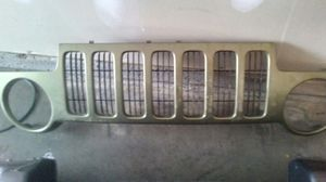Parts for jeep liberty grill 2002 for Sale in Nashville, TN