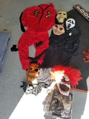Halloween costumes bundle for Sale in Chula Vista, CA
