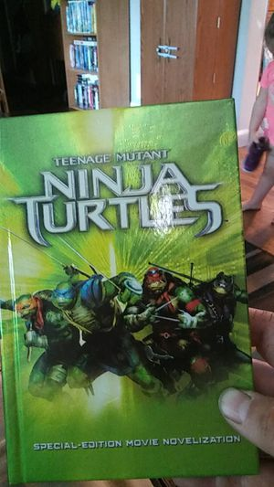 Teenage mutant ninja turtles book for Sale in Appleton, WI