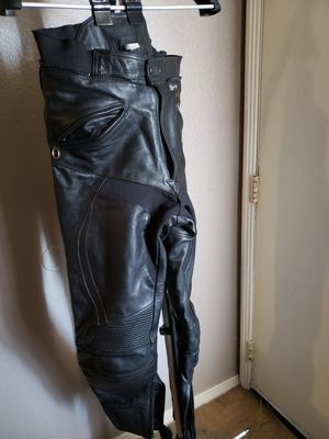 Motorcycle gear Leather pants size 32 for Sale in Henderson, NV