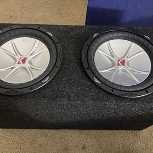 """(2) Kicker Cvr 10"""" 4ohm Dvc 800w Each Competition Sub (sealed Subwoofer Box )220$ for Sale in Fontana, CA"""