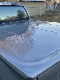 2005 Dodge Ram Short Bed Tunnel Cover for Sale in Yakima,  WA