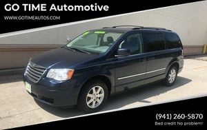 2009 Chrysler Town & Country for Sale in Sarasota, FL