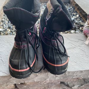 Girls Snow Boots for Sale in Manteca, CA