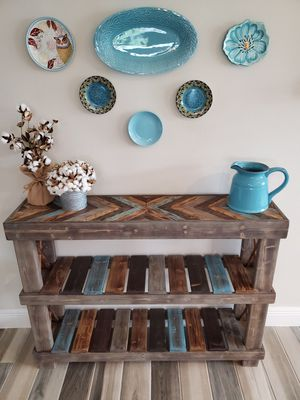 Chevron Entryway Console Table for Sale in Melbourne, FL