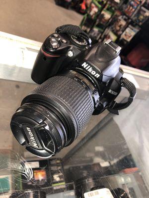 Nikon D3000 10.2 MP Digital SLR Camera AF-S DX 18-55mm #13785-1 for Sale in Revere, MA