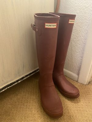 Raspberry colored Hunter Original Tall Rain Boots size 8 for Sale in Glendale, AZ