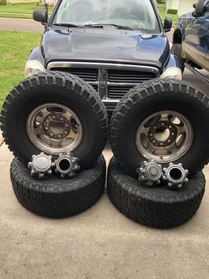 1999 to 2016 fit F250 wheels 8 rims and tires , bed and tailgate plastic liner for Sale in St. Augustine, FL
