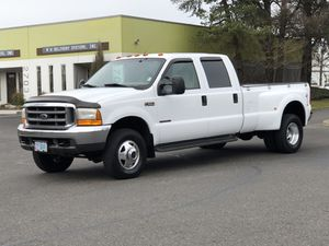 2000 Ford F-350 Super Duty Lariat 4dr Crew Cab 4WD LB DRW for Sale in Portland, OR