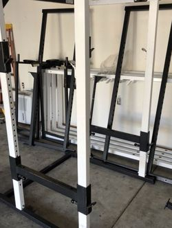 Parabody Serious Steel Power Cage Squat Rack for Sale in Everett,  WA