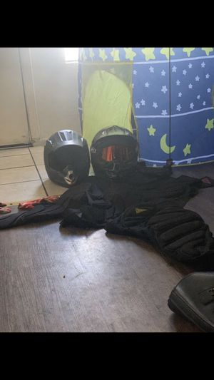 Motorcycle gear set. Throw me a offer for Sale in Las Vegas, NV