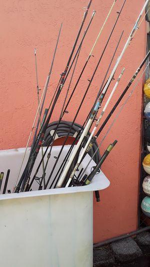 Baras usadas en diferentes condiciones ,tamaños ,algunas partidas , solo para partes y piezas para arreglar otras.Rod only . for Sale in Miami, FL