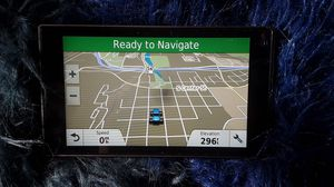 """Garmin DriveLuxe 50LMTHD 5"""" GPS Built-In Bluetooth Lifetime Maps voice command for Sale in Tacoma, WA"""