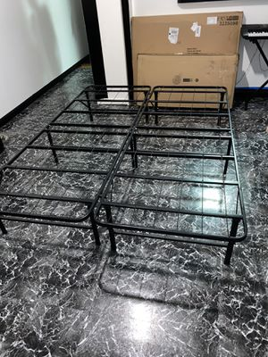 Queen bed frame for Sale in New York, NY
