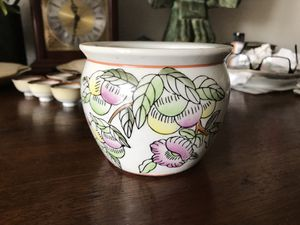 "Small hand painting porcelain flower pot 3.5""H,4.5""D for Sale in Napa, CA"