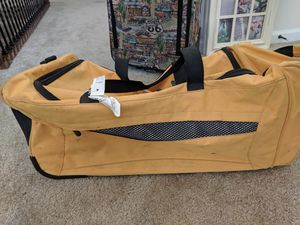 Duffle travel bag for Sale in Saint Charles, MD