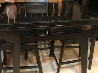 Sturdy glass dining Table for Sale in Washington,  DC