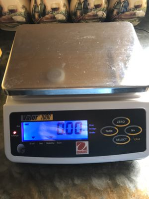Ohaus valor 1000 scale for Sale in Lewisburg, PA