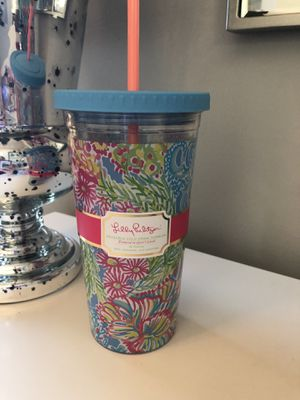 Lilly Pulitzer reusable cold drink tumbler NEW with tags for Sale in Scottsdale, AZ
