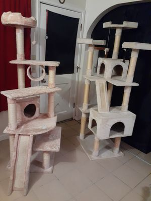 Cat tree $50 and $50 for Sale in Pittsburg, CA